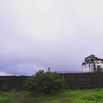@instagram: Aguada Fort- Portuguese fort built to defend against the Dutch and the Marathas.Stands on the beach south of Candolim.  Passing ships used to stop by this fort to replenish their fresh water supply, which got the fort its name -Aguada which means water. .