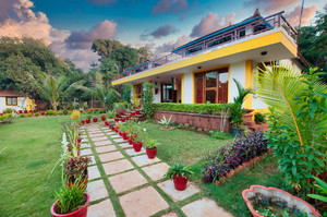 Lily Grand — Luxury villa for rent in Anjuna