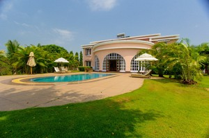 Alexandra Palace — Luxury villa for rent in Palolem