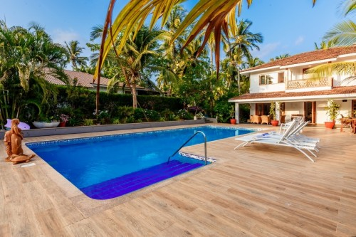 Beachfront luxury villa with private swimming pool